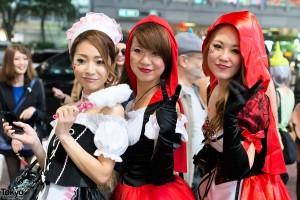 halloween-in-japan-shibuya-costumes-13-062-600x400